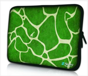 laptophoes 10,1 inch groene giraffe print sleevy