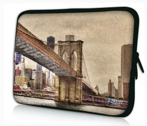 Sleevy 15,6 inch laptophoes Brooklyn Bridge uit New York