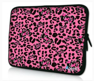 Sleevy 17 inch laptophoes roze panterprint