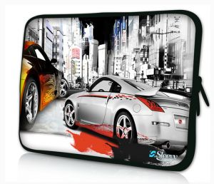 Sleevy 17 inch laptophoes straatrace auto's